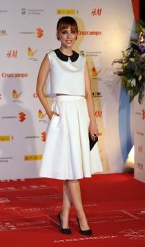 Leticia Dolera, la reina de las faldas midi blancas