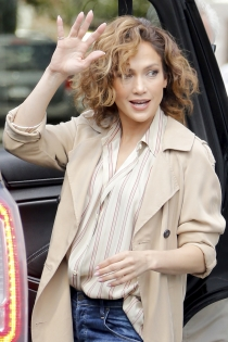 Shades of Blue: Jennifer Lopez, de buen humor