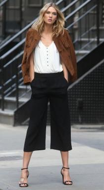 El estilo de Karlie Kloss siempre es impecable