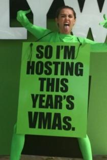 VMA 2015: Miley Cyrus, ¿un extraterrestre?