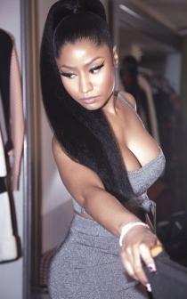Nicki Minaj, otra celebrity con curvas