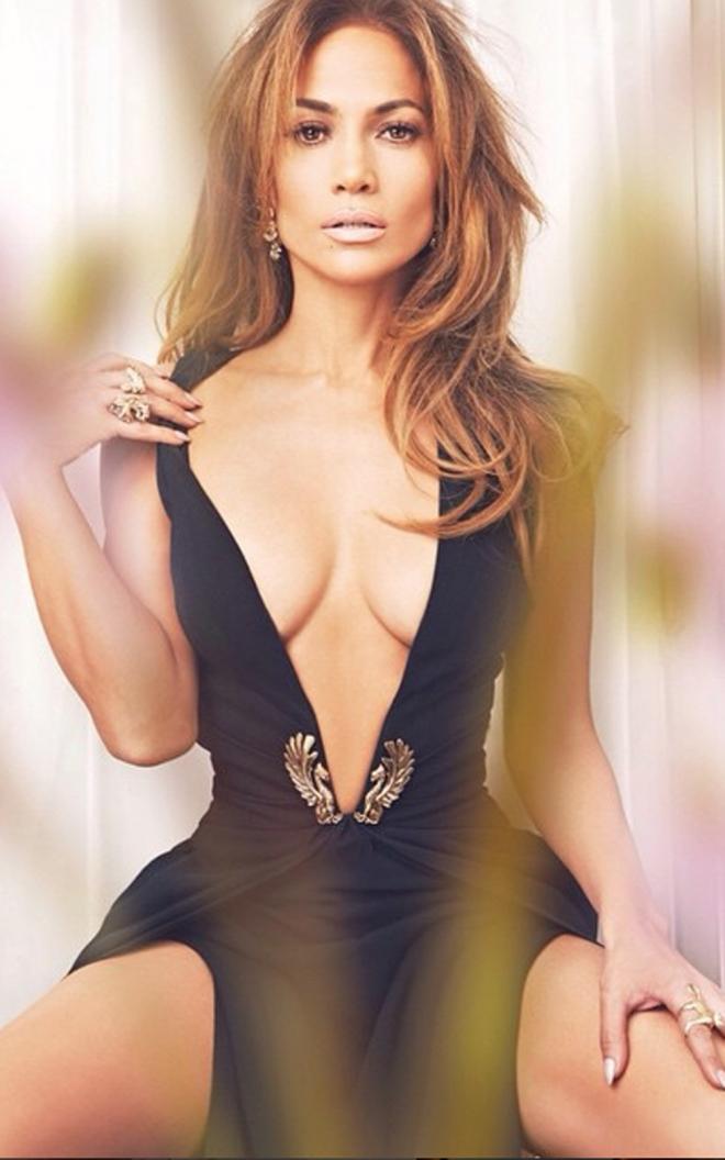 Jennifer Lopez, la más deseada con curvas de infarto