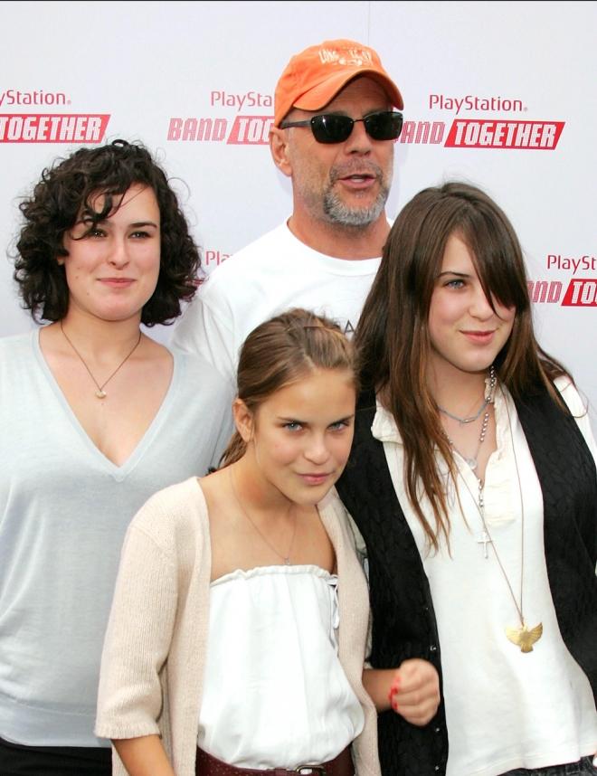 Bruce Willis tiene familia numerosa con Demi Moore y su nueva mujer