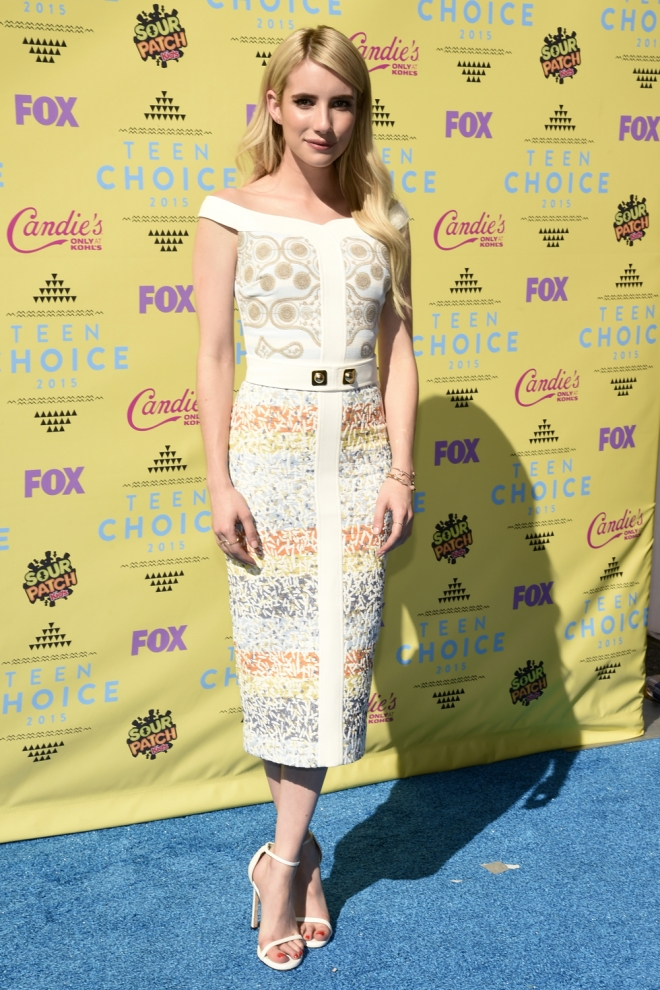 Teen Choice Awards 2015: Emma Roberts, elegante y sofisticada