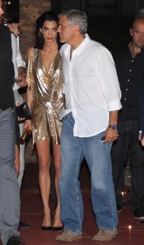 Amal y George Clooney, tequila en Ibiza