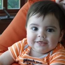 Bebés graciosos: Milan era un niño de lo más divertido