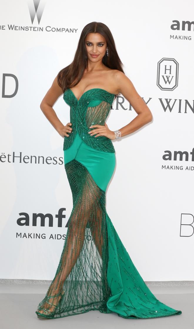 Famosas vestidas de Versace: Irina Shayk
