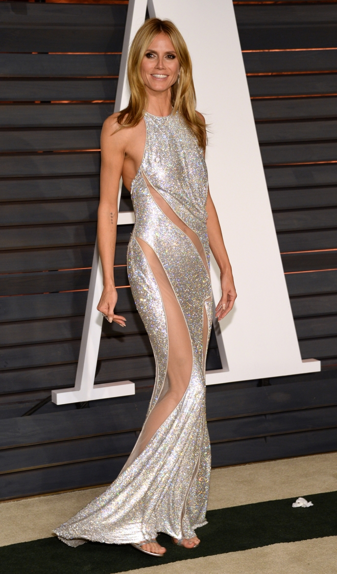 Famosas vestidas de Versace: Heidi Klum
