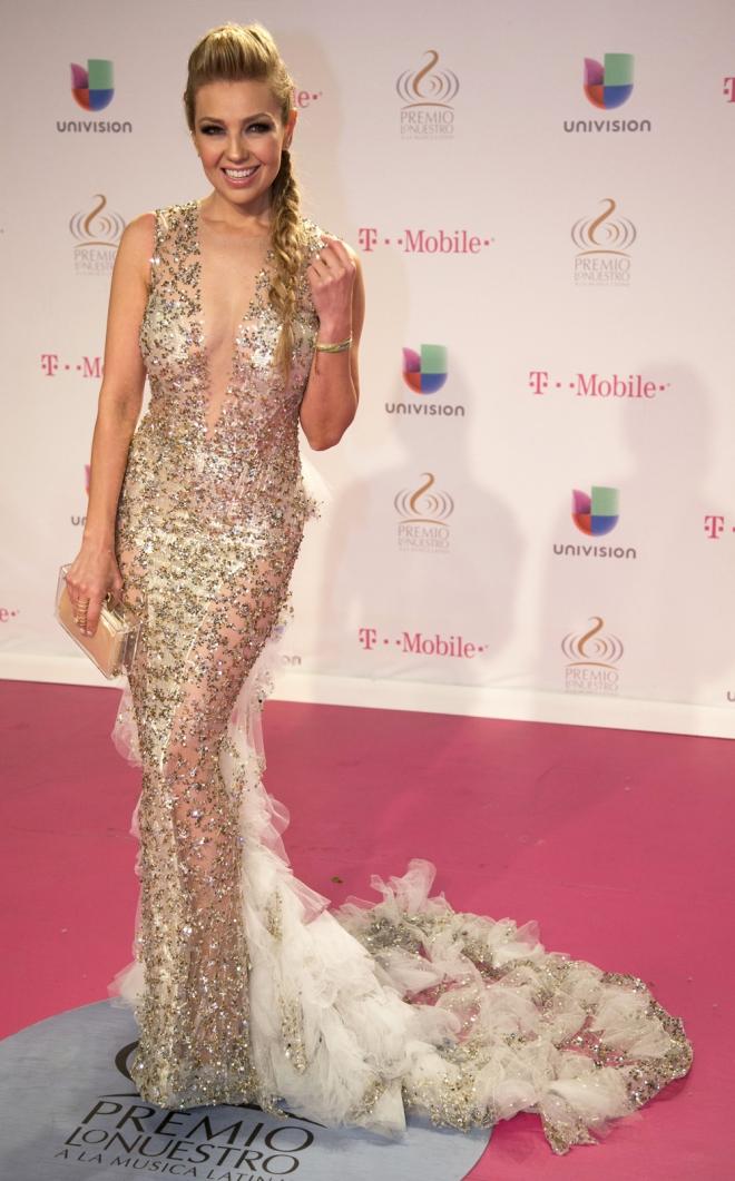 Thalía, estupenda para la alfombra roja