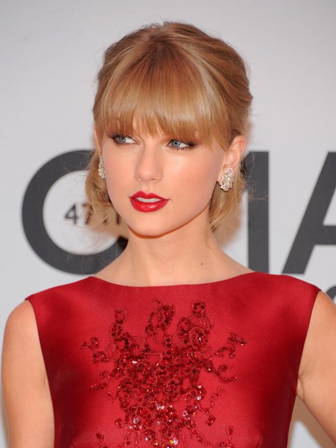El flequillo de Taylor Swift, el más imitado