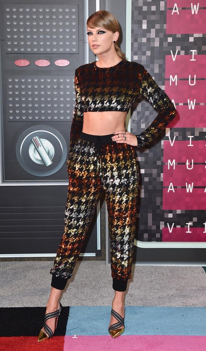 VMAs 2015: el look menos favorecedor de Taylor Swift