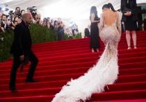 El culo de Kim Kardashian tuvo vida propia en la MET Gala
