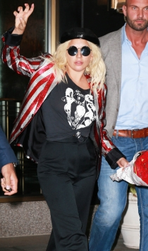 Lady Gaga, mother monster para sus fans