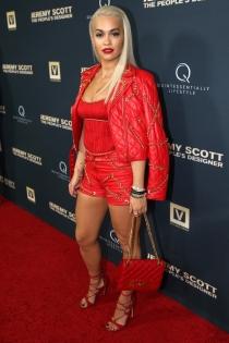 Premier Jeremy Scott: Rita Ora, total red