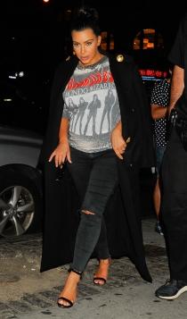 Looks premamá: el lado más rockero de Kim Kardashian