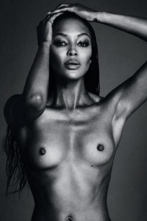 Famosas censuradas en Instagram: El topless de Naomi Campbell