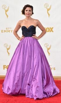 Emmys 2015: el look bicolor de Maggie Gyllenhaal