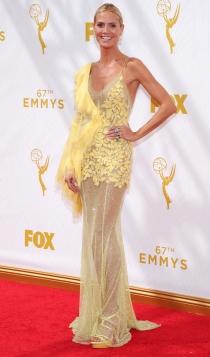 Emmys 2015: el look amarillo de Heidi Klum