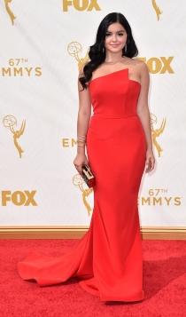 Emmys 2015: el vestido rojo de Ariel Winter