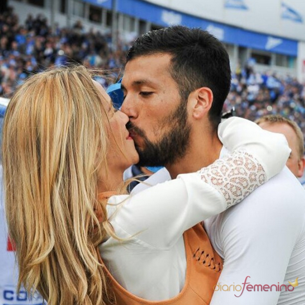 Gorro y Ezequiel Garay amor en el fºtbol