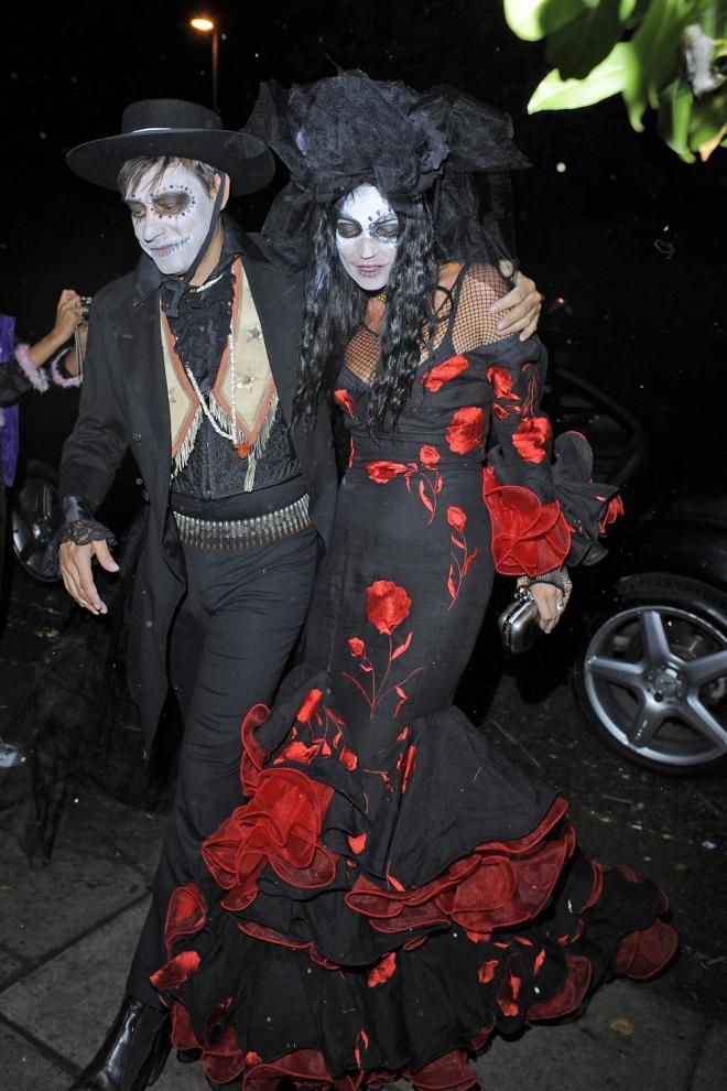Halloween Kate Moss Aires Flamencos Como Catrina Mexicana