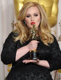 Famosas con vídeos eróticos: Adele