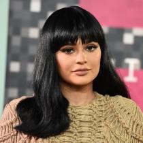 Los labios de Kylie Jenner tienen vida propia en la red carpet