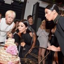 50 aniversario Cosmopolitan: las Kardashian soplan las velas