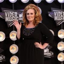 Curiosidades de Adele: gana 80.000 euros al día