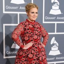 Curiosidades de Adele: se estrenó con 6 Grammys en 2012