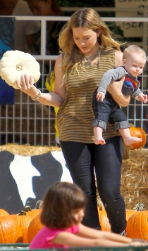 Halloween Pumpkin: Hilary Duff, fiestas en familia