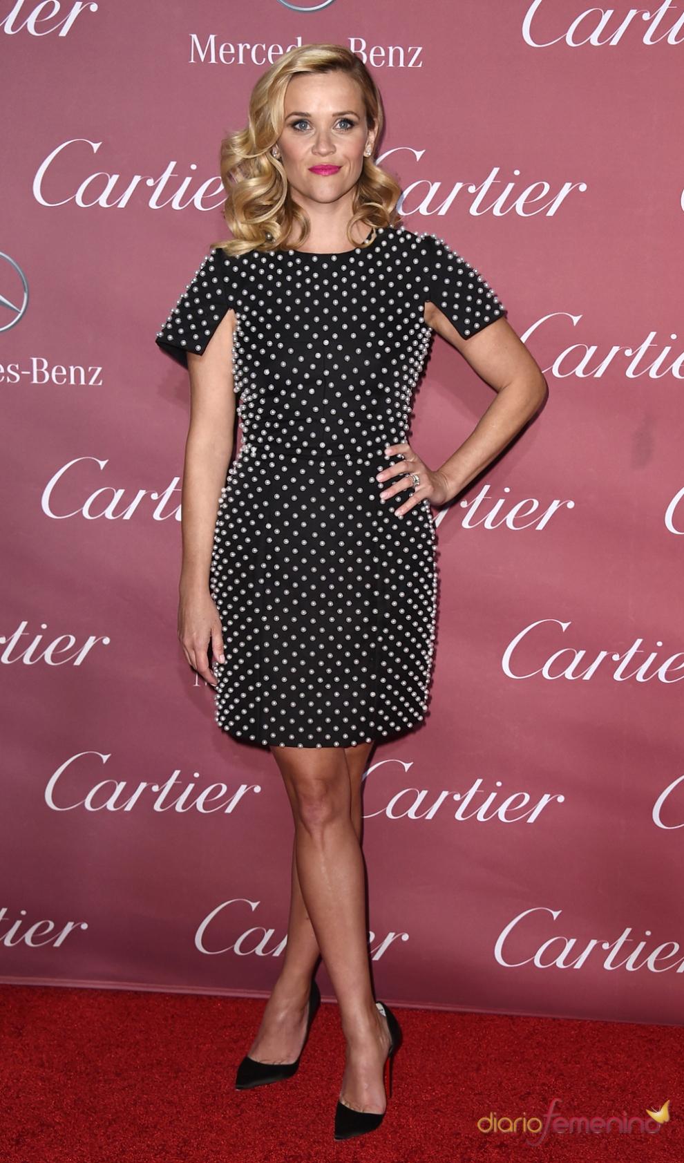 Vestidos para la cena de empresa: los lunares de Reese Witherspoon