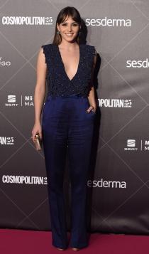 25 aniversario Cosmopolitan: Andrea Duro apuesta por el azul