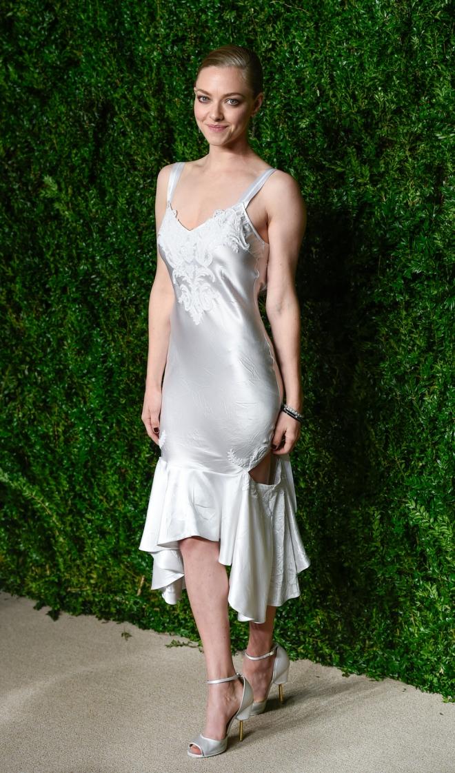 Premios CFDA Vogue: Amanda Seyfried, muy sexy