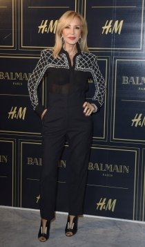 Balmain para H&M: Carmen Lomana no se pierde una