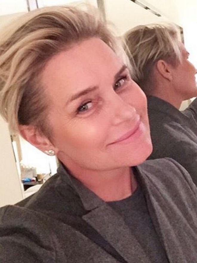 Los selfies de la madre de Gigi Hadid a lo Kris Jenner