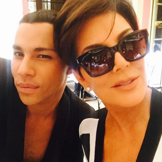 Kris Jenner y su selfie con Olivier Rousteing