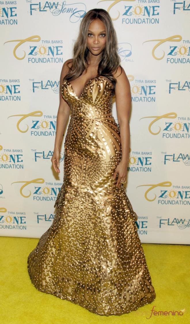 Vestidos para pecho grande: Tyra Banks