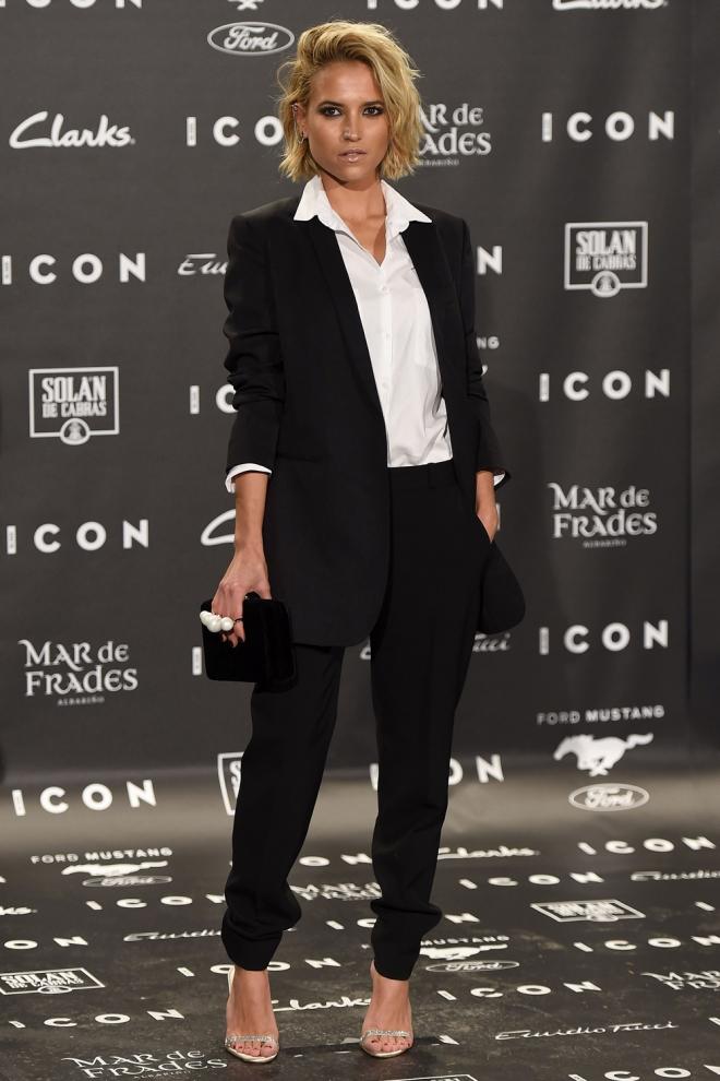 Ana Fernández, muy guapa con look masculino