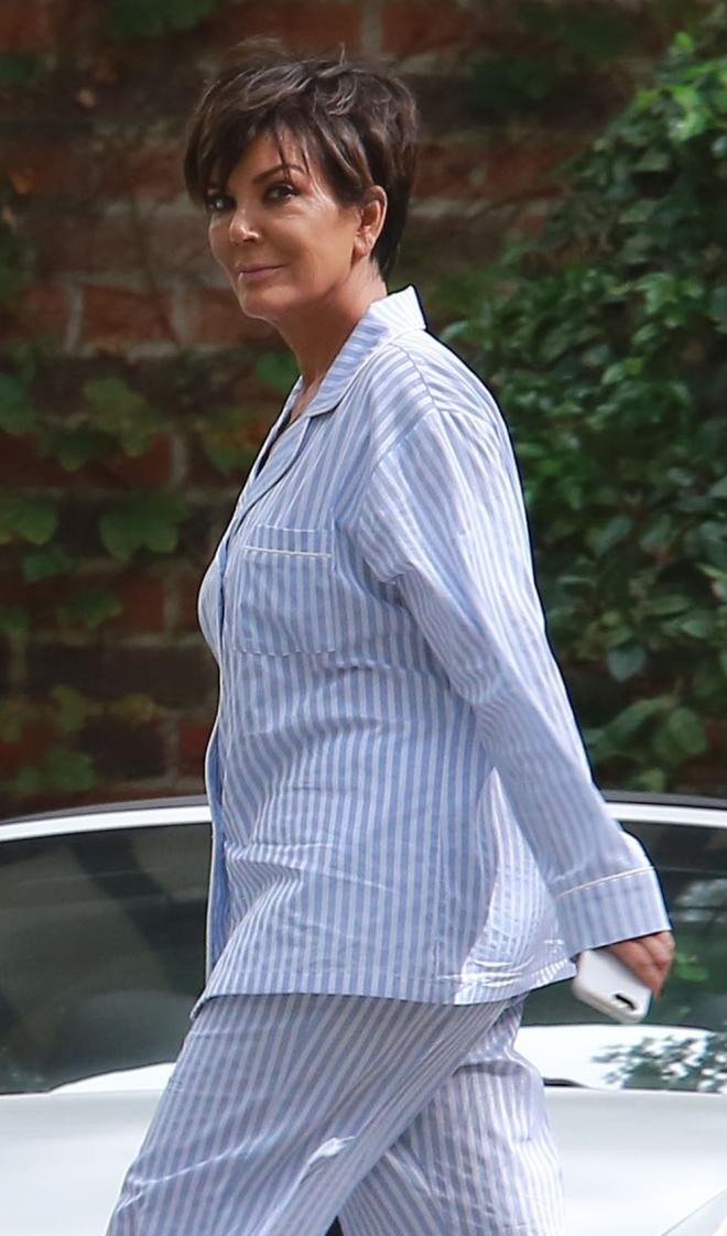 Famosos con pijama en la red carpet: Kris Jenner