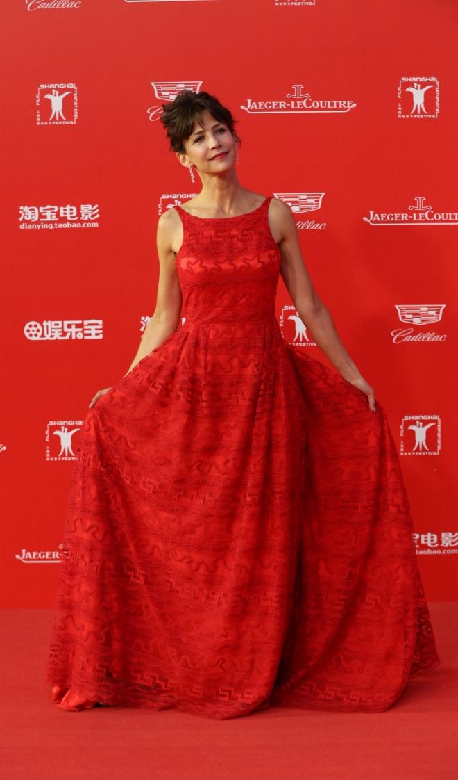 Sophie Marceau, total red