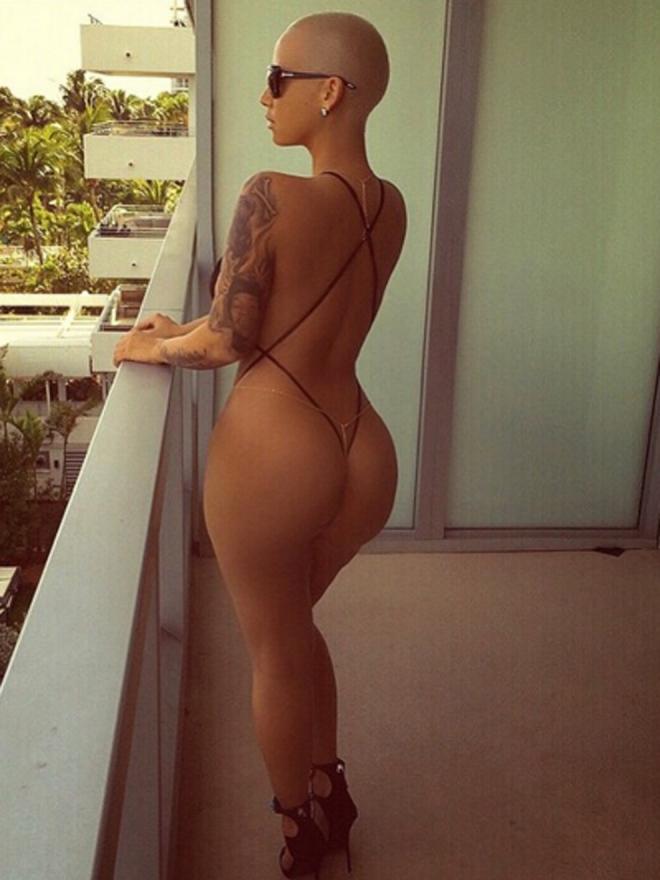 Famosas desnudas: Amber Rose no deja nada a la imaginación