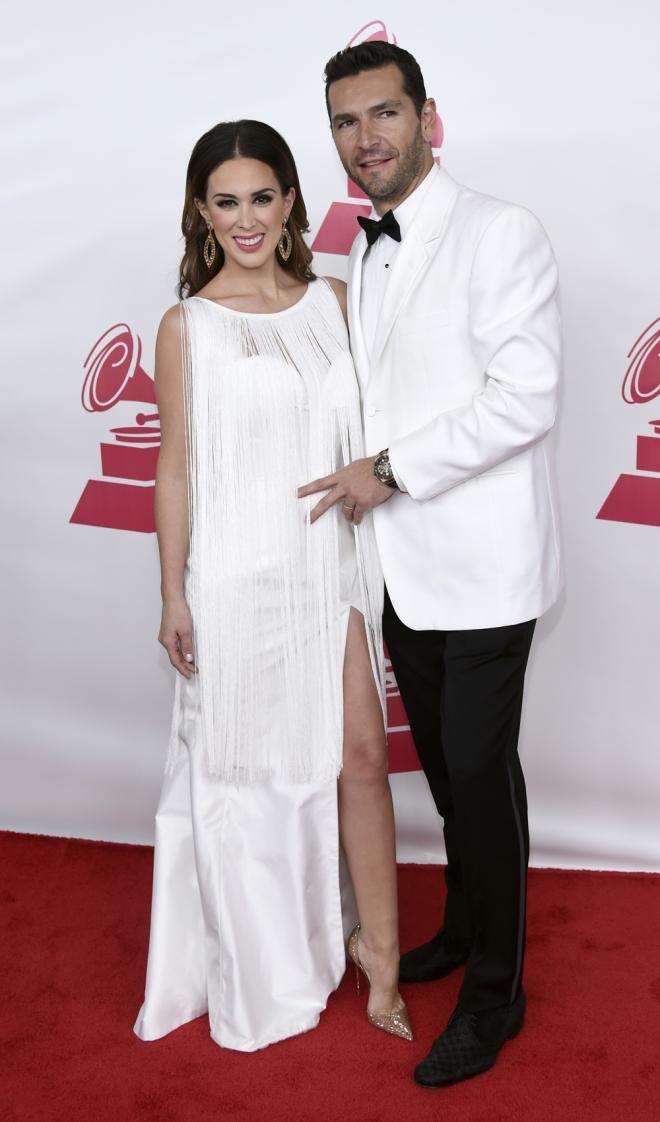 Persona del año Grammys 2015: Jacqueline Bracamontes y Martin Fuentes