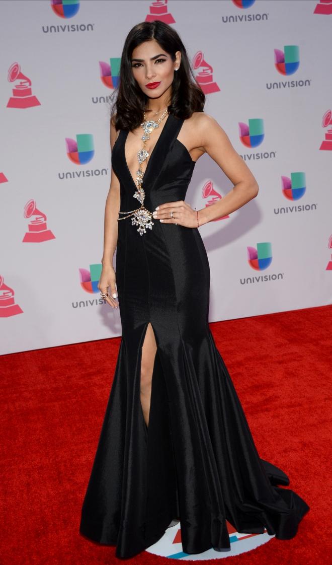 Grammys Latinos 2015: Alejandra Espinoza, muy sensual