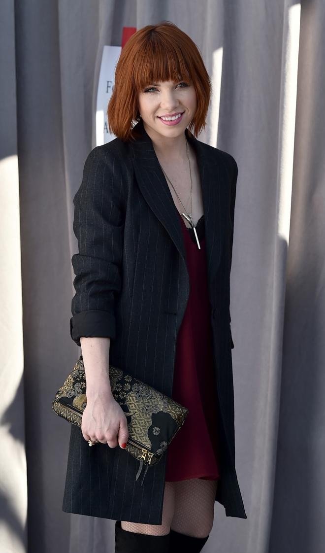 Carly Rae Jepsen, radiante y estupenda