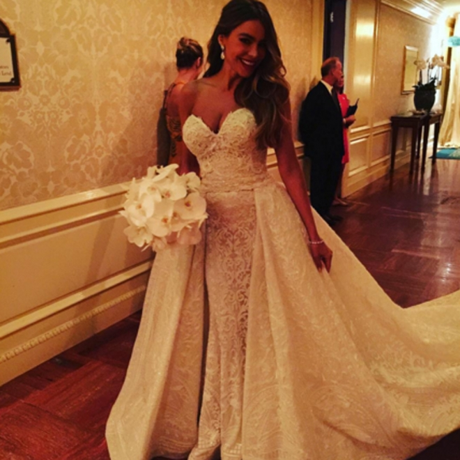 Boda de Sofía Vergara: su look de novia más espectacular