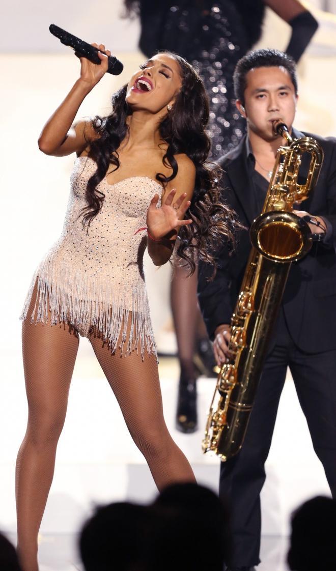 Gala AMAs 2015: El gran número de Ariana Grande