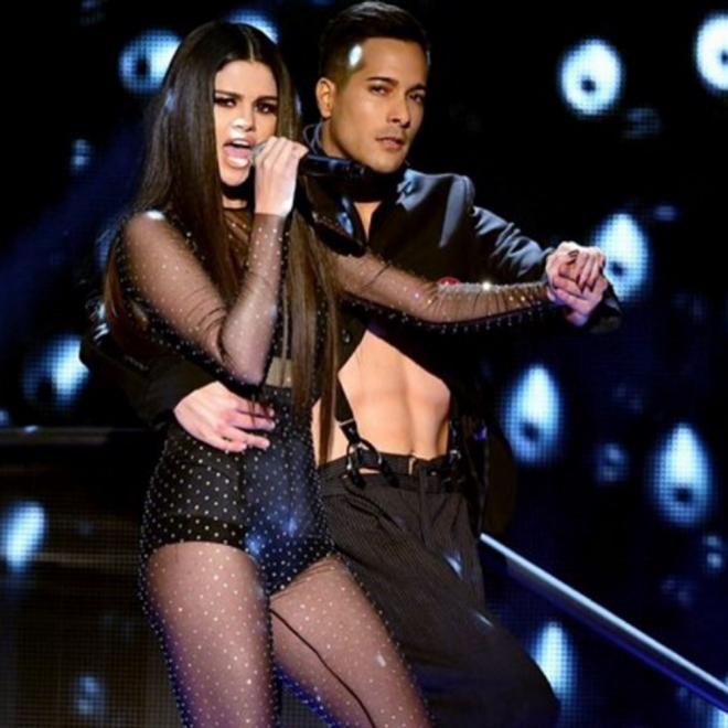 AMAS 2015 en Instagram: la actuación de Selena Gomez