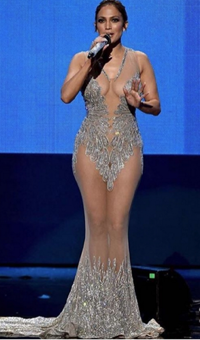 AMAS 2015 en Instagram: un look de Jennifer Lopez semidesnuda