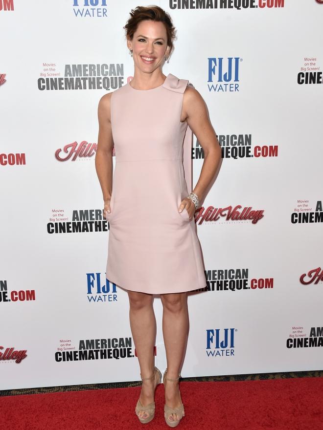 Un vestido rosa cuarzo, la apuesta de Jennifer Garner